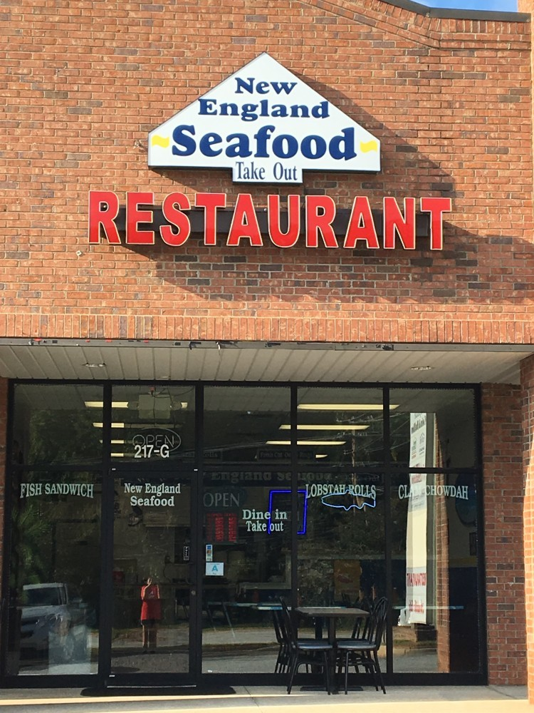 Get seafood that 39 s off the hook in greer sc meet new for Fish market greenville sc
