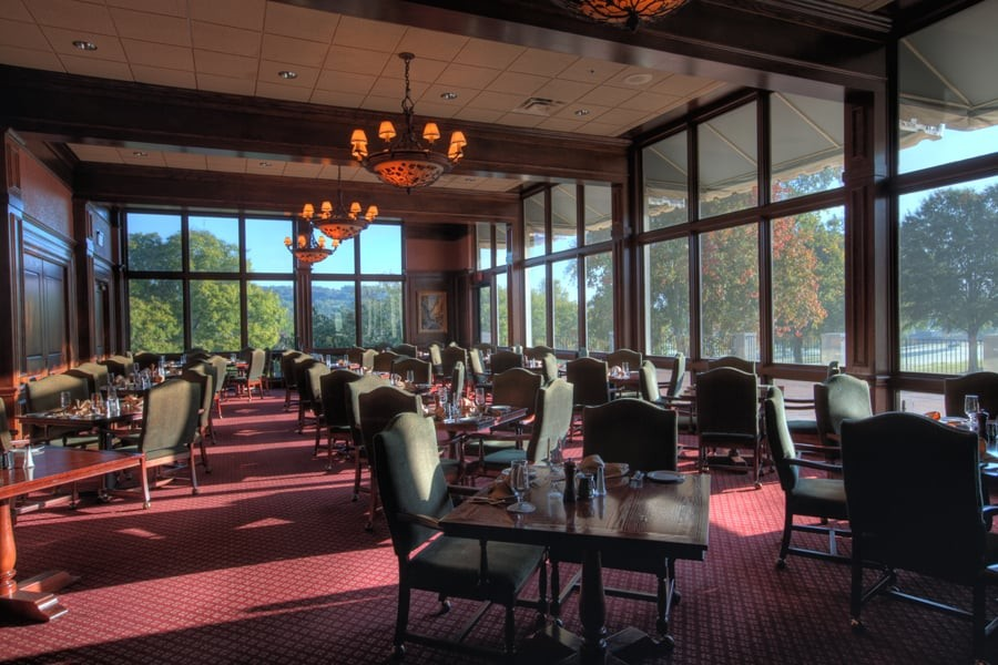 lunch crestwood country club - 900×600