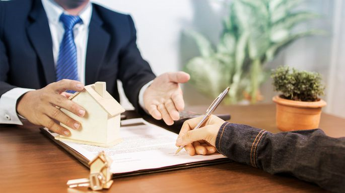 5 Questions to Ask Your Mortgage Lender Before Refinancing ...