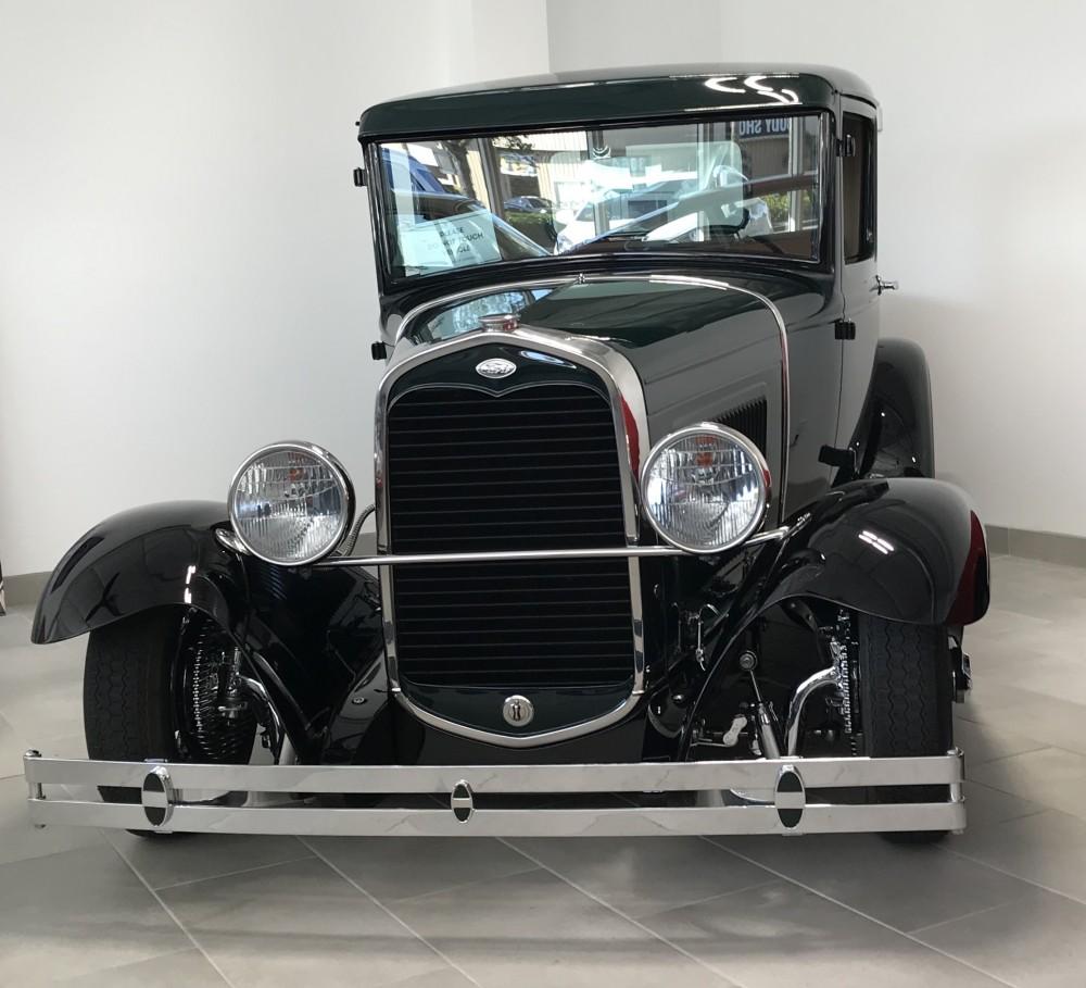 NAPLES CLASSIC CAR World Class Vehicle Restorations Parkbench - Naples antique car show 2018