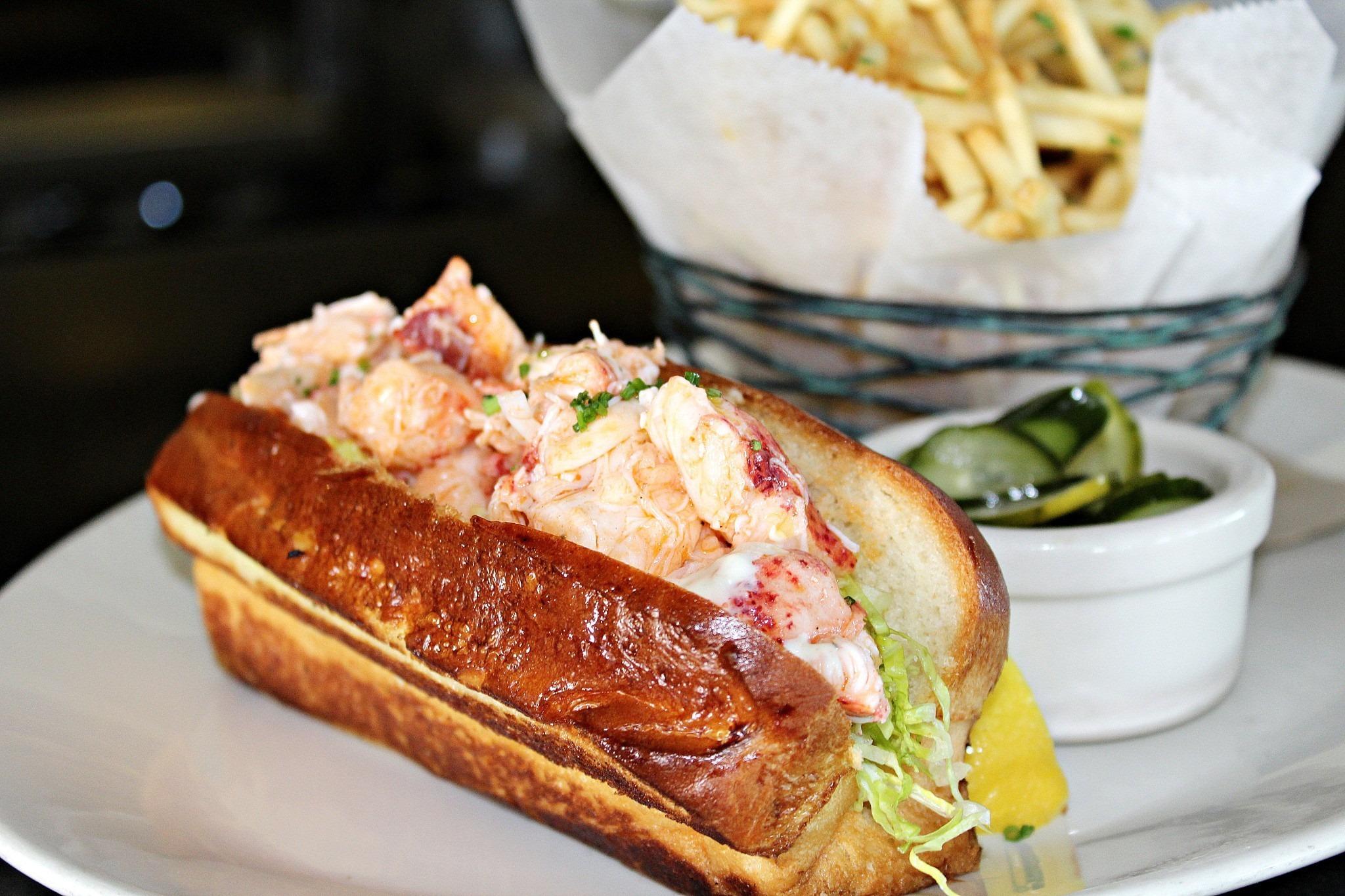 fancy lobster roll - HD1200×900