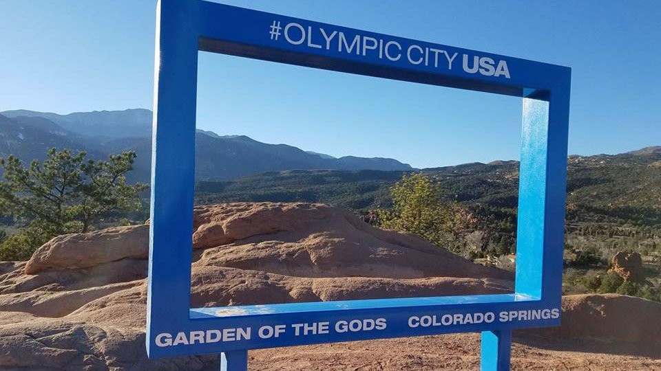 Petition City Of Colorado Springs Remove The Ugly Blue Frame From Garden Of The Gods Change