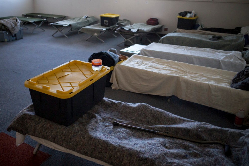 La county winter homeless shelter hours extended due to for Homeless shelter in los angeles