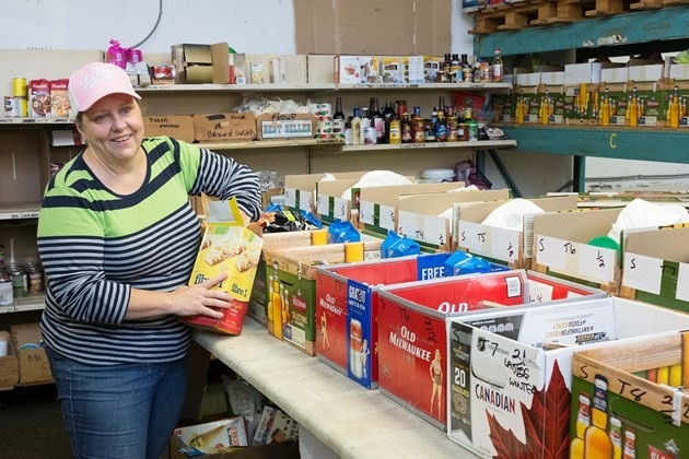 Volunteer Guelph Food Bank