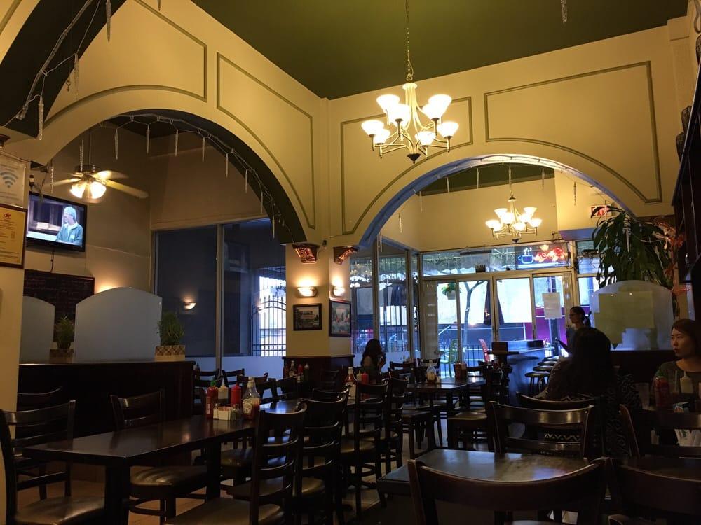 Joyeaux Cafe & Restaurant