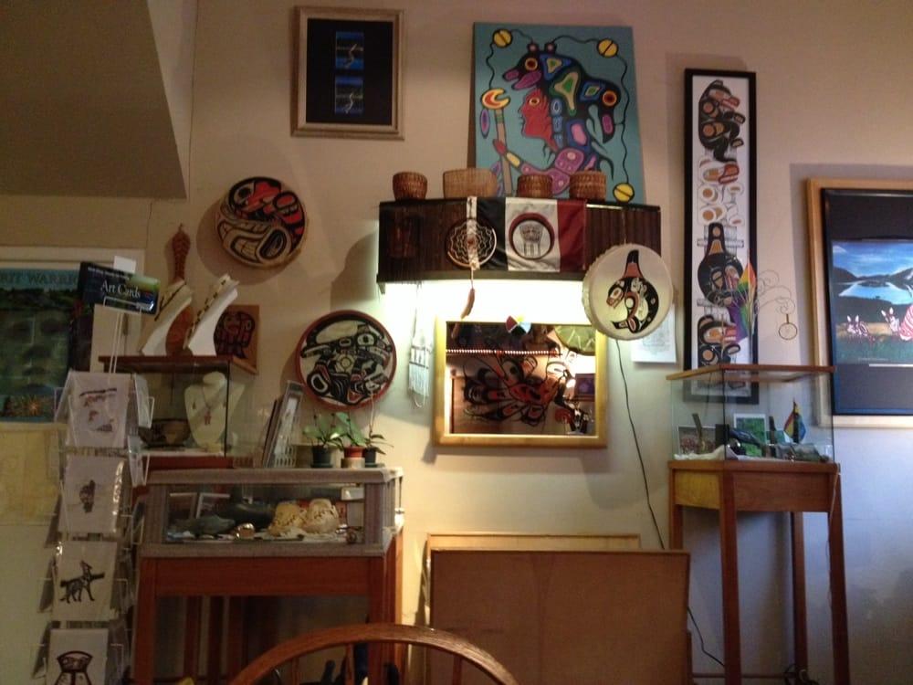 Darryl's Coffee & Native Art Shop