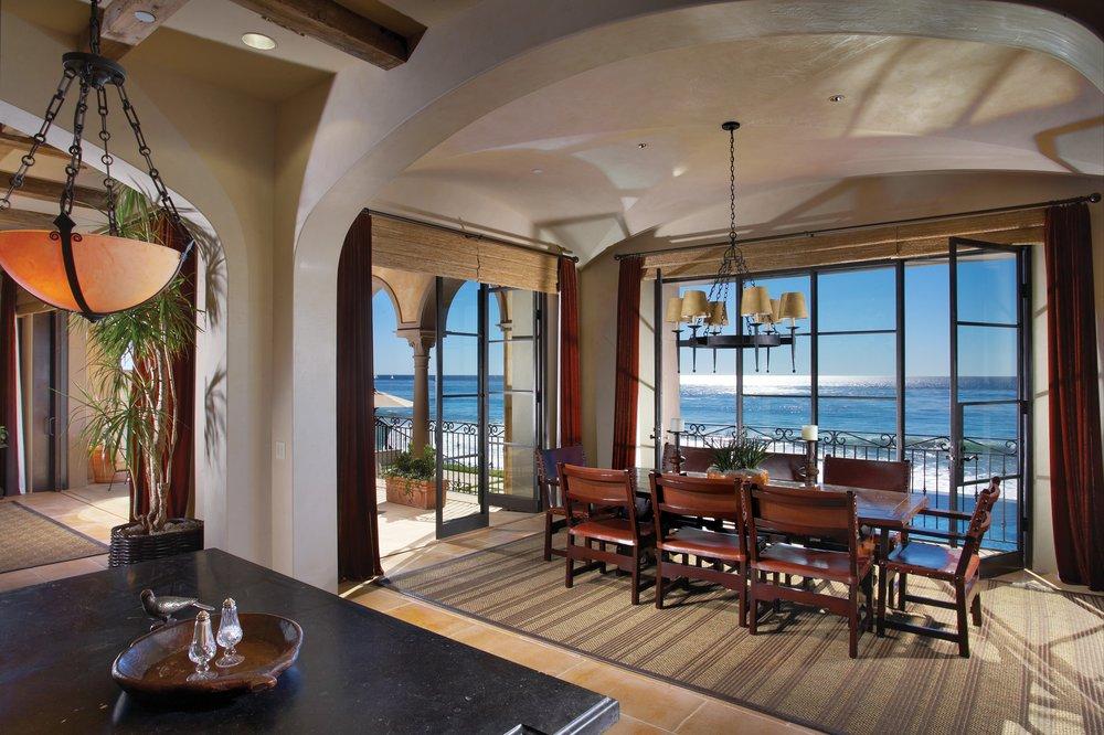 Купить гостиницу в италии на берегу моря