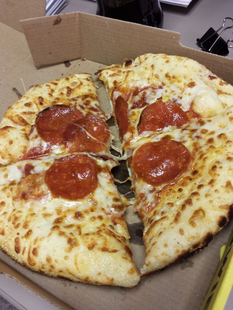Hungry Howies Pizza In Bloomfield