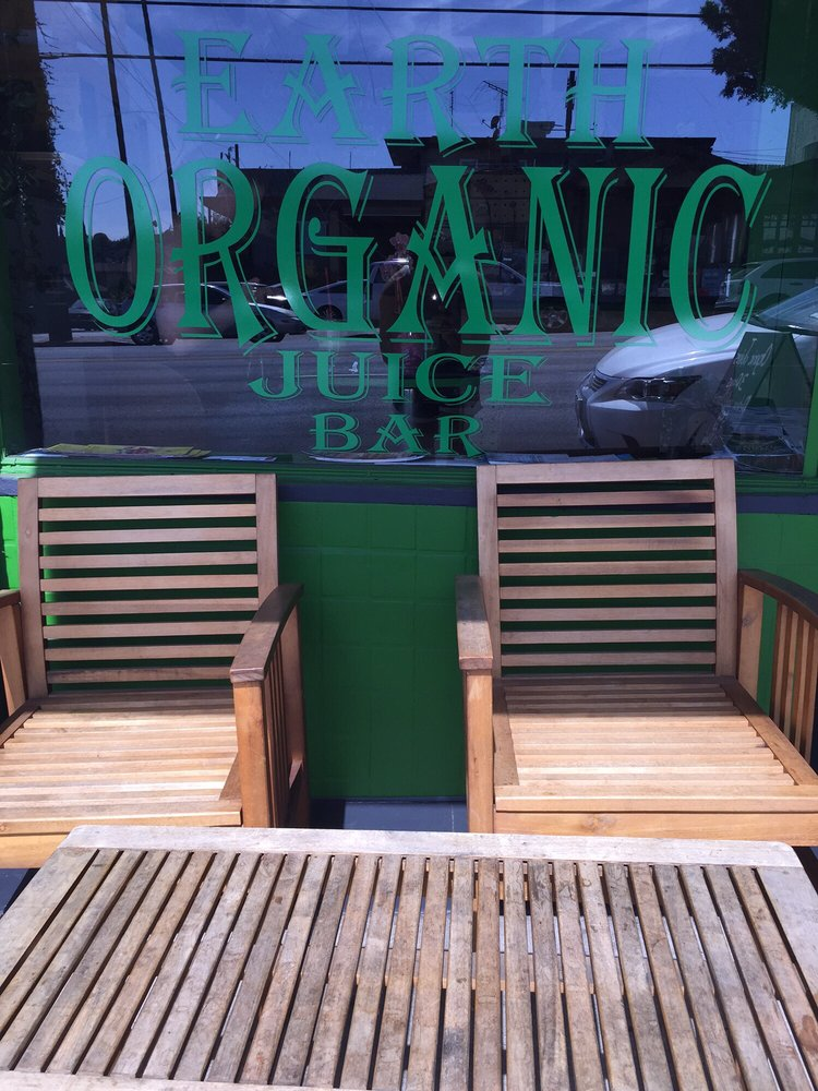 Earth Organic Juice Bar