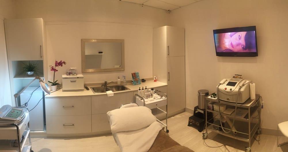 SkinGlow Laser & Rejuvenation Clinic