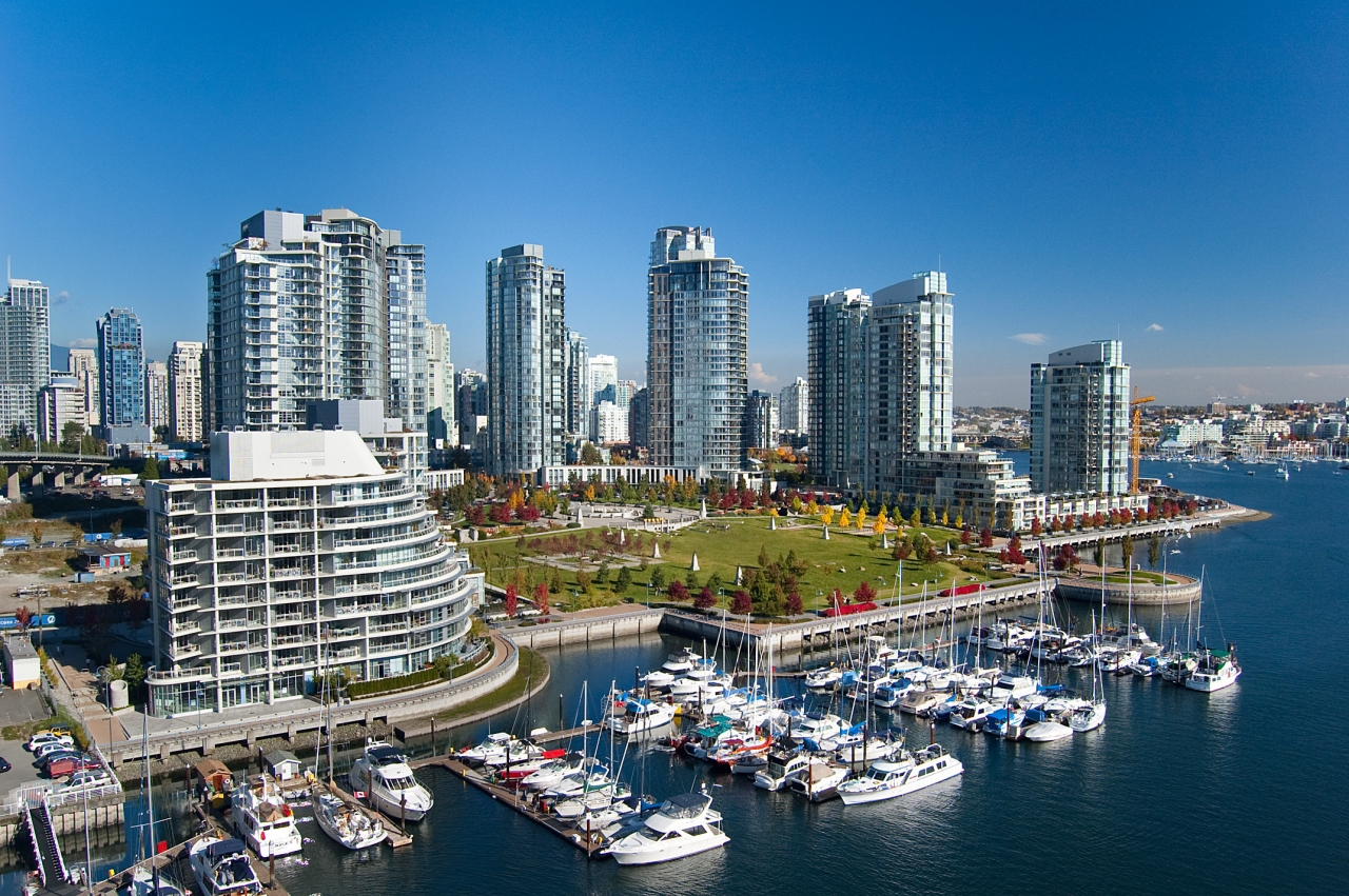 yaletown condo for sale dreamliving.ca 1201 Marinaside Crescent