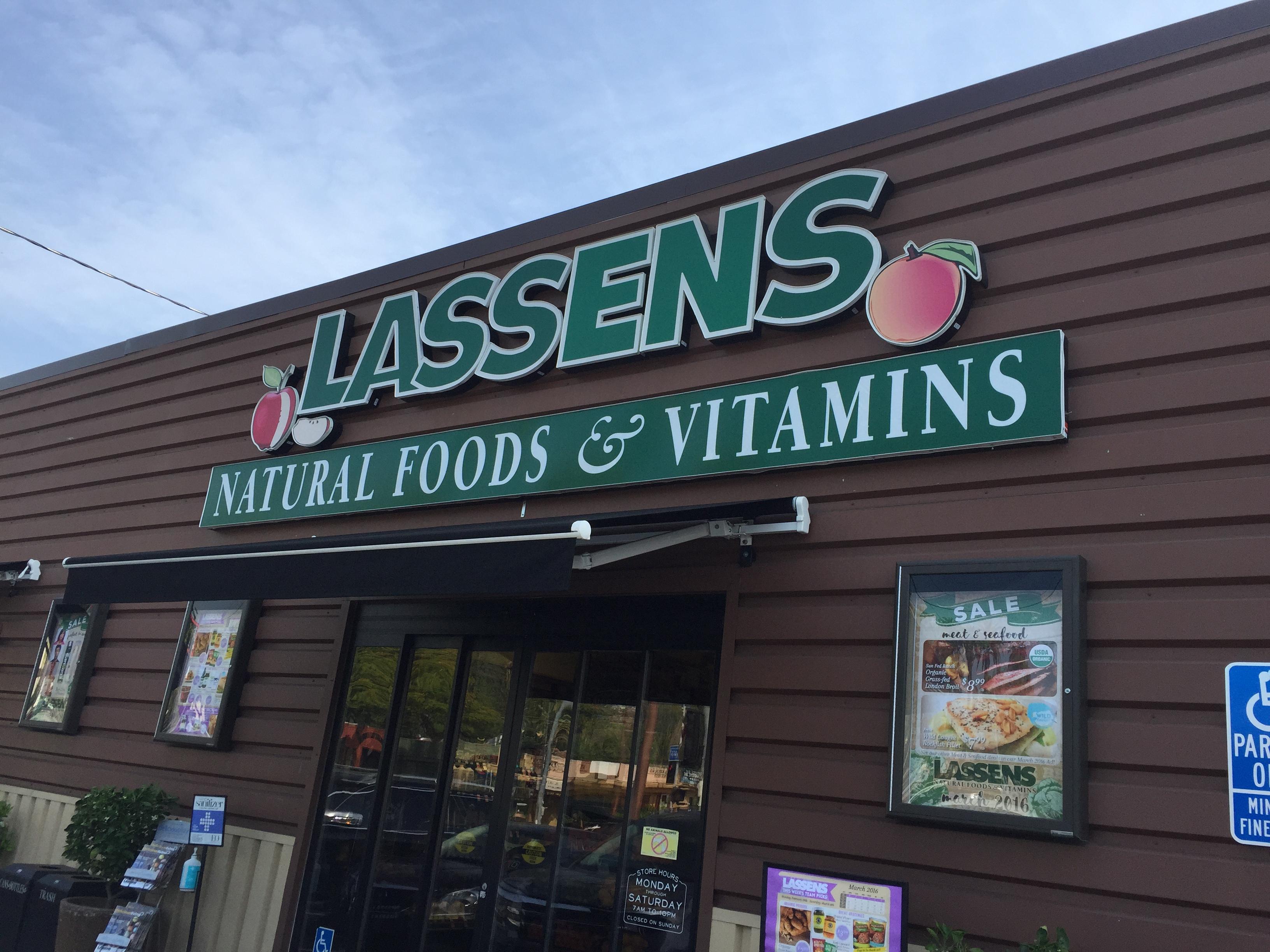 LASSENS   NATURAL FOODS & VITAMINS