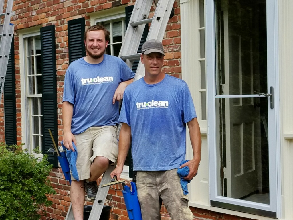 TruClean - Window Cleaning & Pressure Washing in Brookhaven and Chamblee, meet the Owner Joel Castleberry